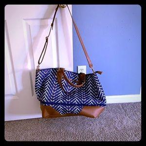 Stella & Dot getaway bag expandable
